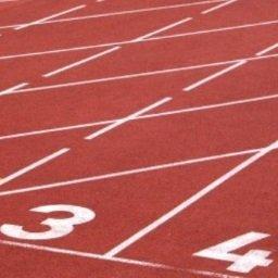 Stadion lekkoatletyczny w Sierakowicach